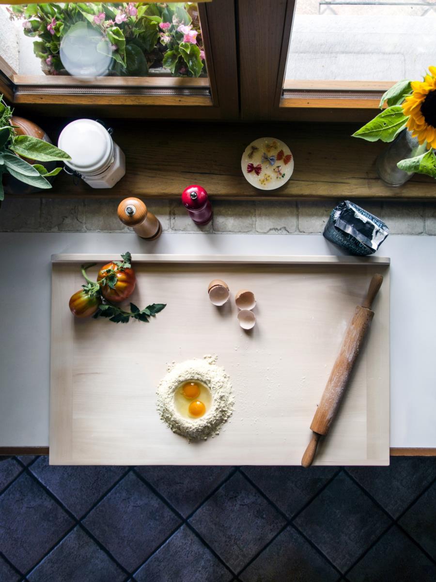 PLANA Pastry board