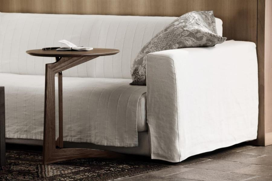 folding coffee table pleilu by Del Fabbro